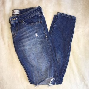 Hollister super skinny jeans size 3!!